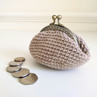 Vintage Style Coin Purse with Kiss Lock Clasp