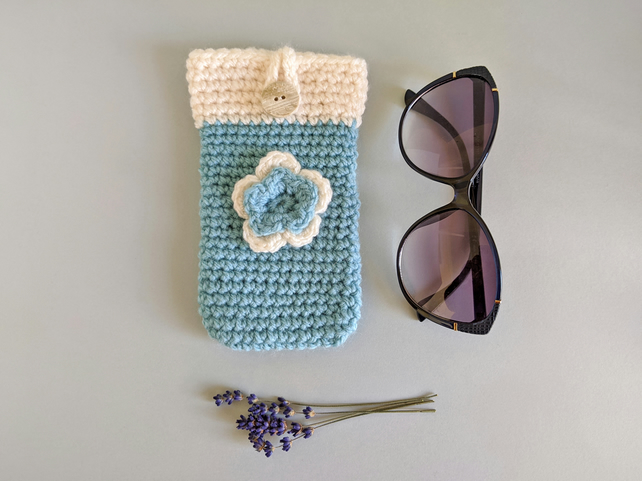 Aqua & Cream Sunglasses Glasses Case with flower