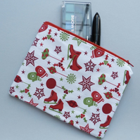 Ice Skate Zipper Pouch (red)