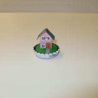 driftwood bottle top house