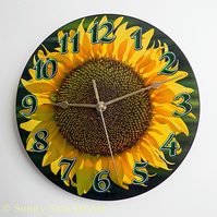 Sunflower Clock with a super-silent Quartz movement