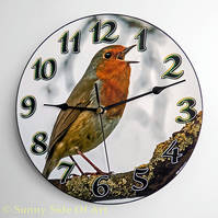 Robin Clock with super-silent Quartz movement
