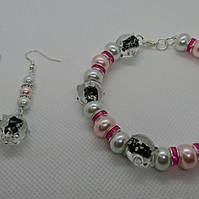 Cute Pink & white glass-pearl with glass pig beads Bracelet & Earrings Set