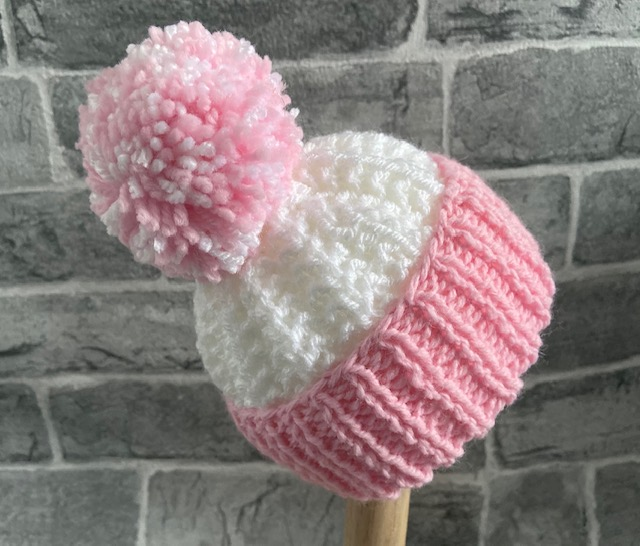 Hand Knitted White Baby Hat 0-3 Months