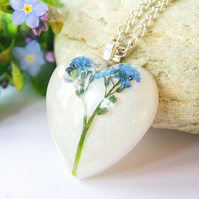romantic heart necklace with real forget me not flower