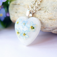 heart resin necklace with real forget me not flowers