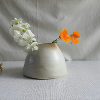 "Round ""Beehive"" Shaped Ceramic Vase,"