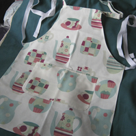 Cook's apron in coffee time cotton fabric with adjustable neck strap