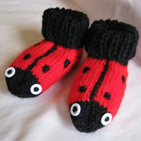Ladybird booties to fit 3 to 6 months or 6 to 12 months approx.