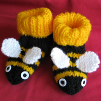 Bumblebee booties to fit 3 to 6 months or 6 to 12 months approx.