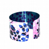 CLEARANCE SALE - Pink leaf lightweight cuff bangle
