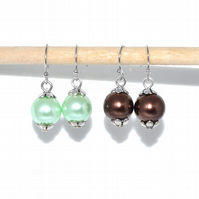 Pack of two pairs pearl earrings, mint green and chocolate brown