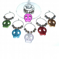 Pack of 6 Halloween wine glass charms, skull wine charms