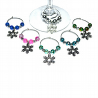Pack of 6 Snowflake wine glass charms, party wine charms