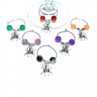 Pack of 6 spider wine glass charms, Halloween party wine charms