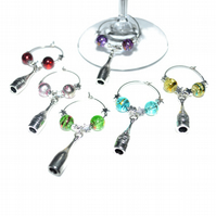 Pack of 6 wine bottle glass charms, party wine charms