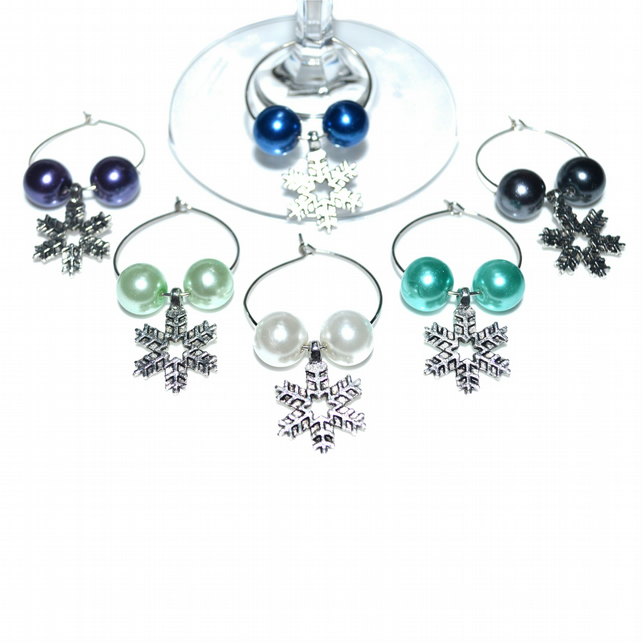 Pack of 6 Christmas wine glass charms, Winter party wine charms