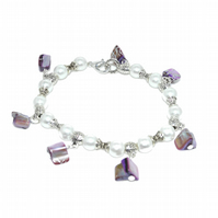 White glass pearl and lilac shell bracelet