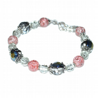 Pink crackle agate and crystal bead bracelet