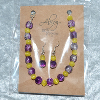 Glass beaded bracelet and earrings set - purple and yellow