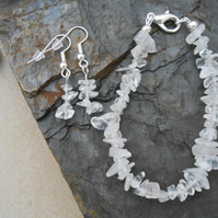 Quartz bracelet and earrings jewellery set.