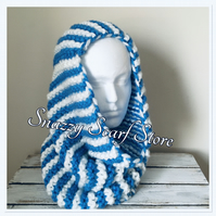 Hand Knitted Chunky Blue & White Cowl Scaf
