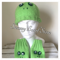 Hand Knitted Freddie  The Frog  Hat & Mittens Set