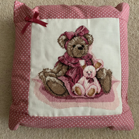 Girl's cushion