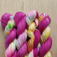 'Pink speckles' ' Hand dyed BFL and Nylon Mini skein