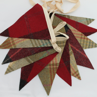 Christmas Bunting, Red & Green Bunting, Christmas Decoration, Tweed Decoration