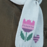 Tulip Flower Knit Scarf
