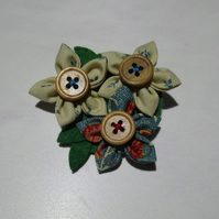 Gorgeous textile flower brooch