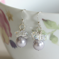 Pearl earrings, Cluster earrings