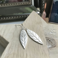 Fine silver long leaf earrings - Light finish