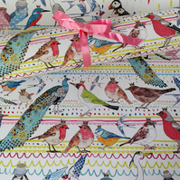Recycled gift wrap - Birds