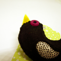 Woodland Bird - Felt and Fabric Brooch - Blackbird