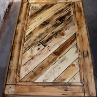 Coffee Table Upcycled from Reclaimed Pallet Wood.