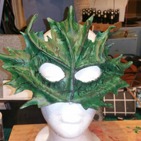 Forest Green Leaf Mask