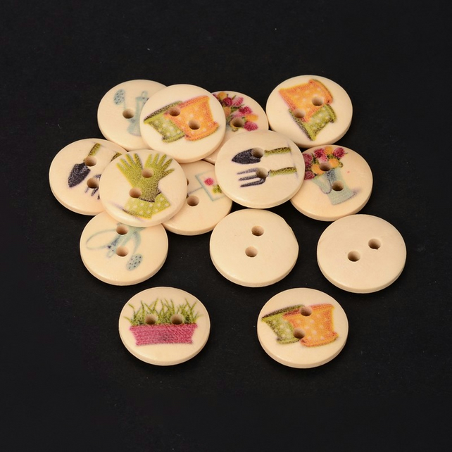 Gardening Themed Buttons x 10  Pretty 15mm round wooden buttons