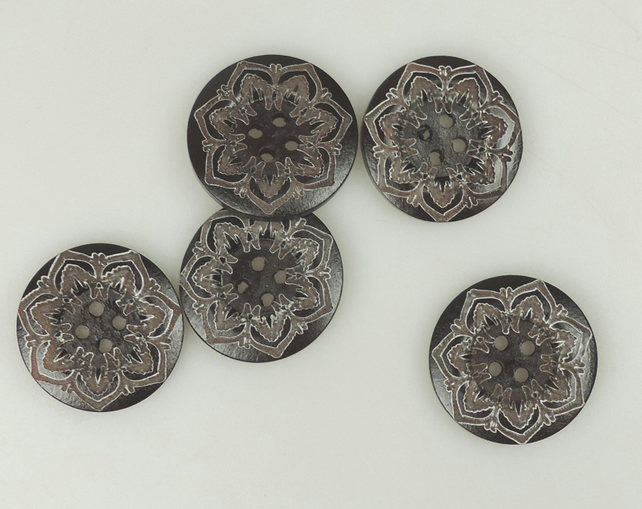 Folk Flower pattern, 25mm, 2.5cm Round wooden buttons
