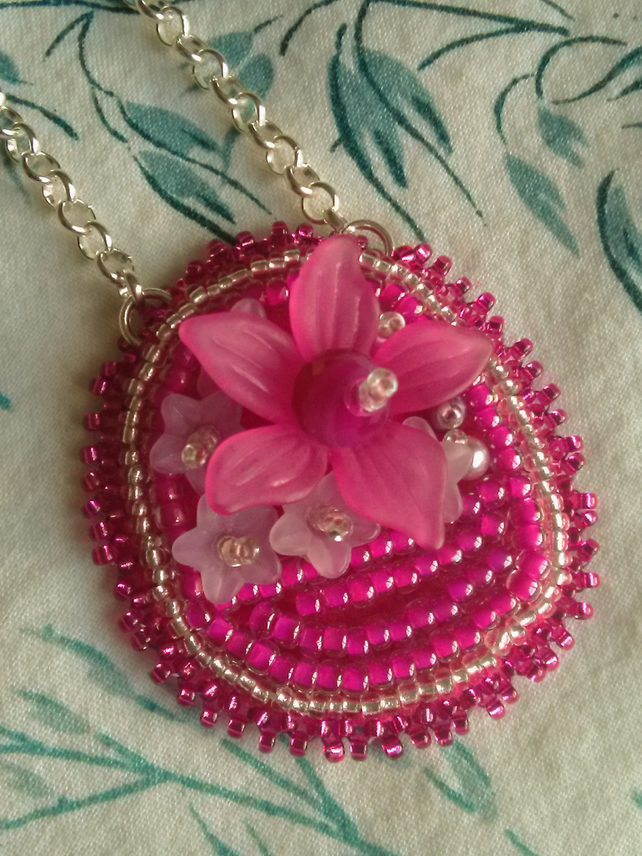 Flower basket pendant