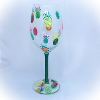 Wine glass with pineapples, pina colada wine glass