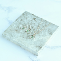 Emerald with Minimalist Fine Silver Circle Pendant Necklace