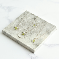 Peridot with Fine Silver Star Pendant Necklace