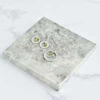 Peridot with Fine Silver Circle Pendant Necklace