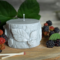 Wild Berry Sculpted Vegan Candle: Grey