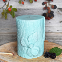 Bark & Berry Sculpted Vegan Pillar Candle: Turquoise
