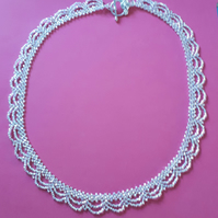 Lacy look necklace - silver AB