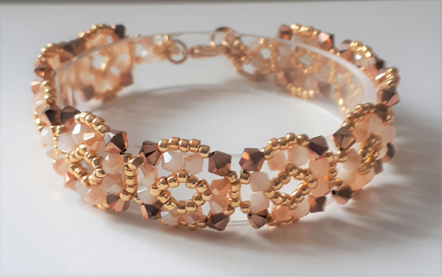 Pretty peach and bronze beaded crystal bracelet