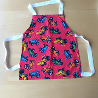 Red Tractor Apron age 2-6 approximately